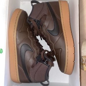 Nike Court Borough Mid 2 Gs Shoes